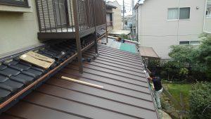 ガルバリユム鋼鈑の軽量金属屋根材、スタンビー