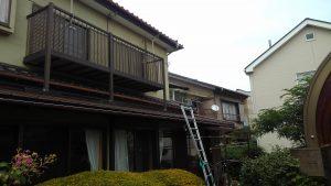 下屋根のスレート屋根
