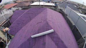 スレート屋根にルーフィング
