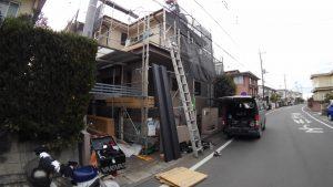 屋根、外壁施工中