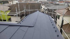 屋根カバー工法。